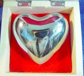 MAS045 - Chrome Chiming Heart